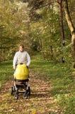 jesień dziecka spacer Zdjęcie Royalty Free