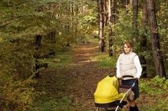 jesień dziecka spacer Obrazy Royalty Free