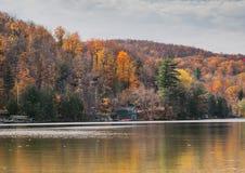 Jesień jeziora odbicia Obraz Royalty Free