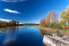 Jesień jeziora przy Norwegia Obrazy Royalty Free