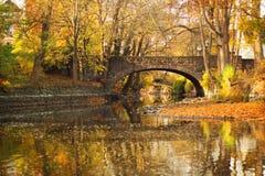 Jesień most Zdjęcia Royalty Free