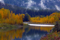 jesień odbicia rzeka Obrazy Royalty Free