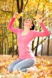 jesień parkowi kobiety potomstwa Fotografia Royalty Free