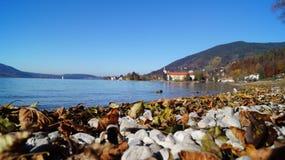 Jesień przy Tegernsee jeziorem Fotografia Royalty Free