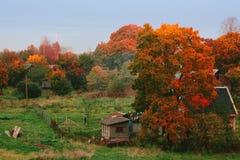jesień wioska domowa stara chwiejne Obraz Stock