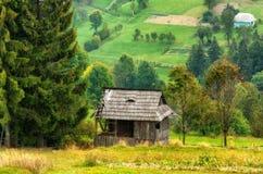 Jesień zmierzch w Karpackich górach zdjęcia royalty free