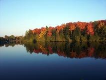 jesienią odbicia zdjęcie royalty free