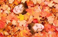 jesienią twarze Zdjęcia Stock