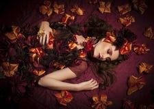 Jesieni fantazi kwiecista kobieta Zdjęcia Stock
