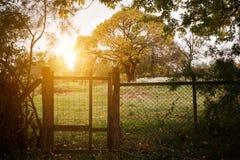 Jesieni gospodarstwa rolnego ogrodzenie obrazy royalty free