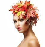 Jesieni kobieta Zdjęcia Royalty Free