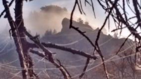 Jesieni mgły wysokości pustyni mroźny ranek zdjęcia stock