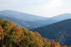 jesienią pasmo górskie Fotografia Stock