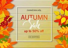 Jesieni sprzedaży plakat z spadkiem opuszcza na drewnianych tło Wektorowa ilustracja dla strony internetowej i wiszącej ozdoby st Fotografia Stock