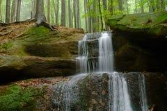 Jesieni wody kaskada Zdjęcia Royalty Free