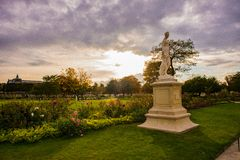 Jesienny Paryż, Tuileries ogród - fotografia royalty free