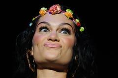 Jessie J se realiza en la BOLA Fotos de archivo