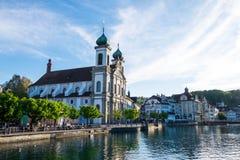 Jesuitenkirche ou église de jésuite, la première grande église catholique baroque en Suisse au nord des alpes Photographie stock