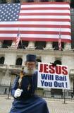 JESUS afiançá-lo-á para fora Fotografia de Stock Royalty Free
