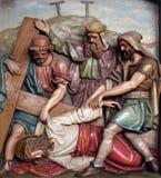 Jesus cai a terceira vez, 9as estações da cruz Imagem de Stock Royalty Free