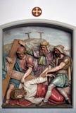 Jesus cai a terceira vez, 9as estações da cruz Foto de Stock