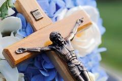 Jesus Christ auf dem Kreuz lizenzfreie stockfotos