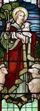 Jesus Christ: Der gute Hirte im Buntglas Stockfotografie