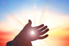 Jesus Christ enregistre les mains humaines Photos libres de droits