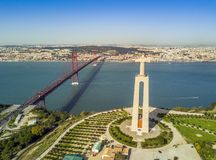 Jesus Christ monument i Lissabon, Portugal Royaltyfri Fotografi