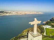 Jesus Christ monument i Lissabon, Portugal Royaltyfria Bilder