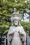Jesus Christ Statue At The Begijnhof em Amsterdão o 2018 holandês imagens de stock royalty free