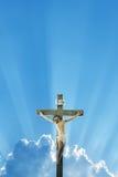 Jesus Christ-Statue gegen Morgen- oder Abendhimmelhintergrund lizenzfreie stockfotos