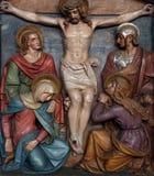 Jesus dör på korset, 12th stationer av korset Royaltyfri Bild