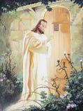 Jesus, der an der Tür klopft Lizenzfreie Stockbilder