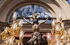 Jesus die op de dwars, Heilige Week in Sevilla sterven, het Broederschap van het Puppy Royalty-vrije Stock Foto
