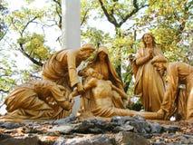 Jesus dog den arga statyn för sockeln, Frankrike Arkivbilder