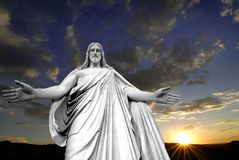 Jesus e um por do sol Fotografia de Stock Royalty Free