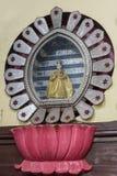 Jesus konung av världsstatyn i den Dindigul kyrkan arkivfoton