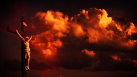 Jesus kors på solnedgången royaltyfri illustrationer