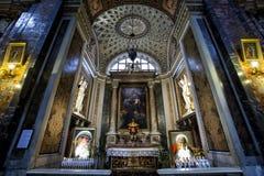 Jesus och Mary Church, kapell av den heliga familjen, G Brandi 1660 italy rome Arkivbilder