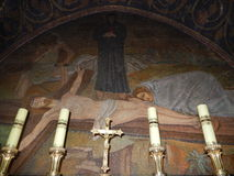 JESUS PÅ KORSET, GOLGOTHA, KYRKA AV DEN HELIGA GRIFTEN Arkivbild