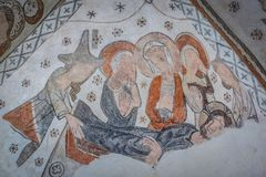 Jesus sätts i en kista Pietaen Arkivbilder