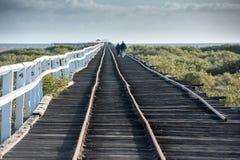 Jetée ferroviaire en bois d'antiquité de Geraldton dans l'Australie occidentale photo stock