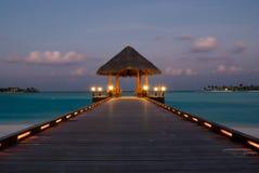 jetée Maldives d'arrivée Photo stock