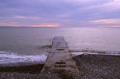 Jetée par la mer Photo stock