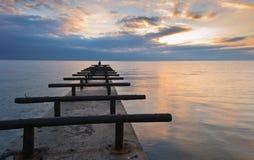 Jetée sur la côte Photos libres de droits