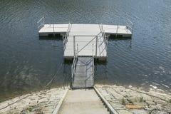 Jetée sur le lac photo libre de droits