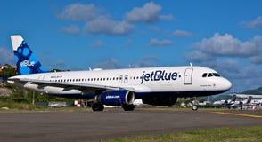 Jet Airbus blu A320 Fotografia Stock