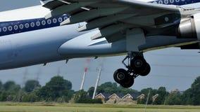 Jet Airways bierze daleko od Amsterdam lotniska, AMS zbiory wideo