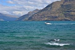 Jet Boat Lake Wakatipu New Zealand Fotos de Stock Royalty Free